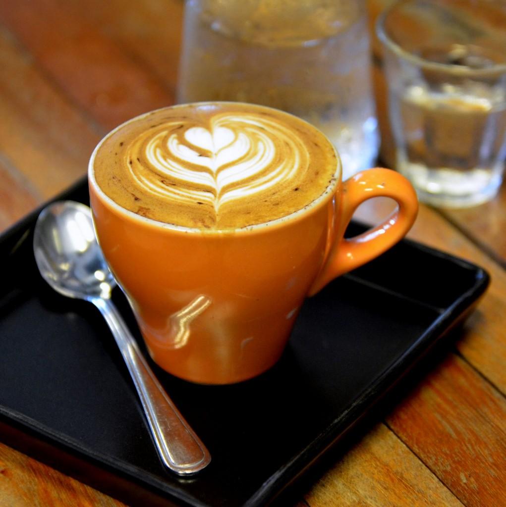 Latte_art_cappuccino